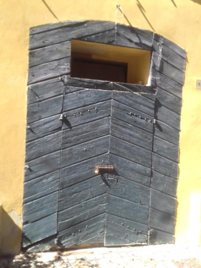 Offagna door